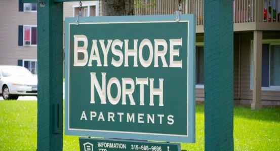 Bayshore Apts sign 20110908-_DSC9619.jpg