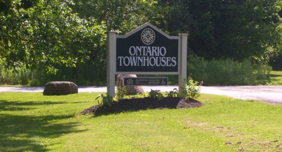 Ontario sign.JPG