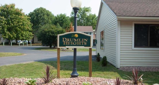 Drumlin Heights sign-1