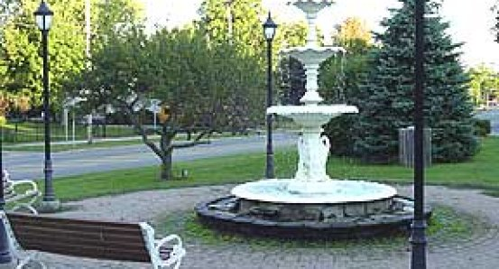 Willow Landing fountain.jpg
